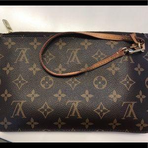 Louis Vuitton Neverfull pouchette/ pouch wristlet